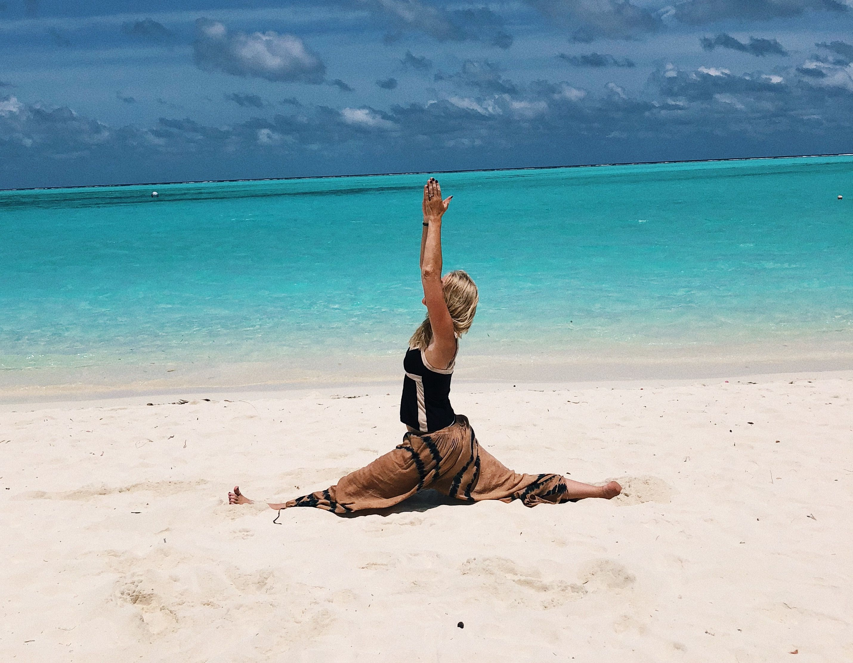 yoga in vught bij Yogatality door Marielle Scholten